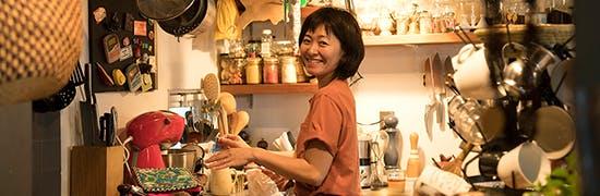 キッチンが主役。料理家・口尾麻美さんのインテリア