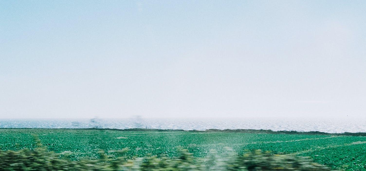 絵葉書みたいな夏の旅の画像
