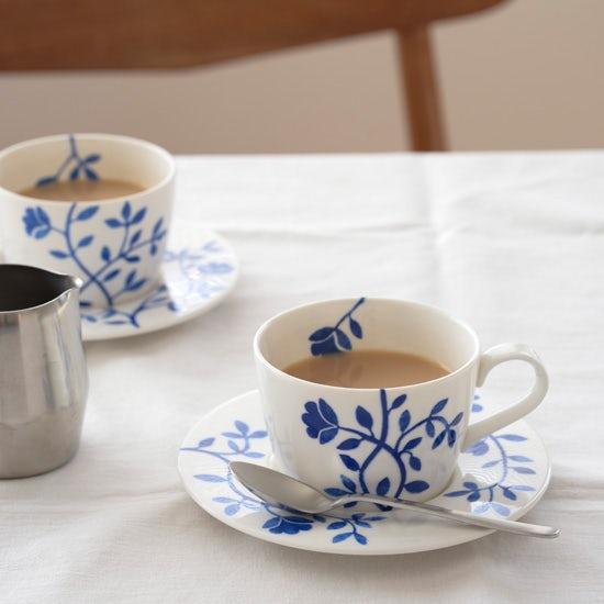 特集|お茶じかんをかこむもの。teatime03:しあわせなお茶じかん