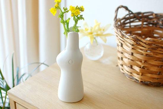 【5月26日の再入荷】鹿児島睦さんのウサギの花器が再入荷!