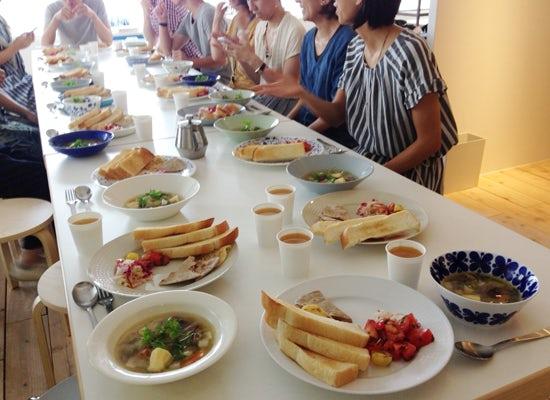 【クラシコムの社員食堂】人が沢山だと食材も沢山。