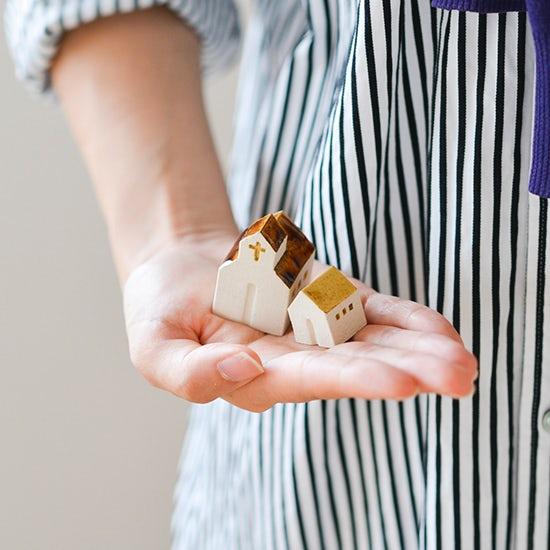 【特集|インテリアレッスン】失敗しない、小さなインテリア雑貨を飾る法則。