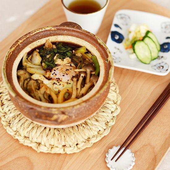 【料理家さんの定番レシピ】ぽかぽか温まる味噌煮込みうどん