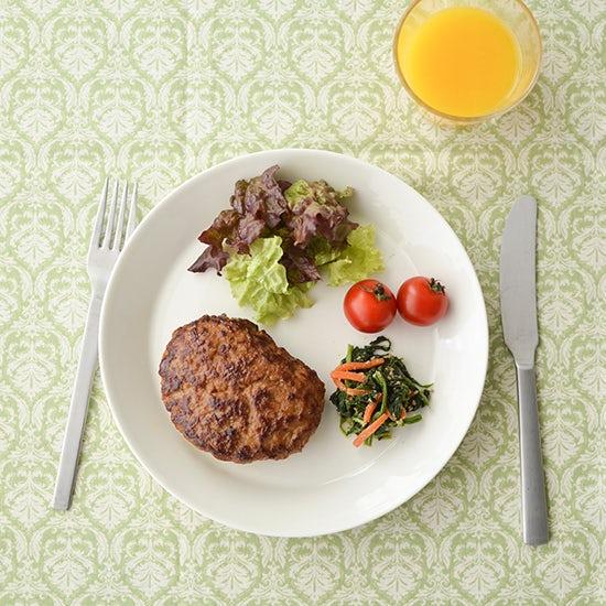 【料理家さんの定番レシピ】失敗しらずの、ふわふわ美味しいハンバーグ