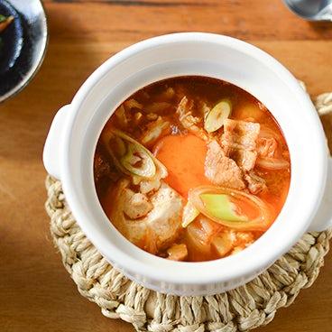 【料理家さんの定番レシピ】ピリ辛の本格スンドゥブチゲ