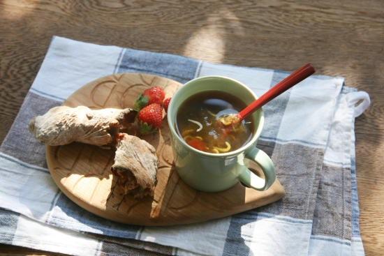 【朝ごはん特集|冬のホッと朝スープ】第2話:お湯をそそぐだけの簡単スープ