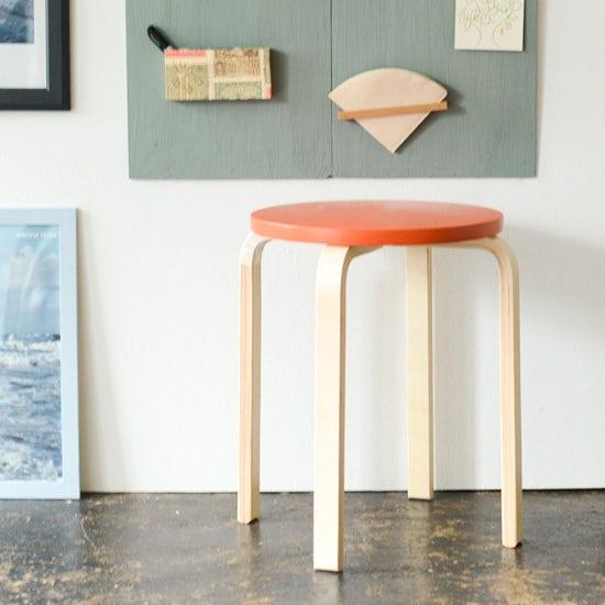 【特集|はじめてのDIY】第2話:今ある家具を好きな色に塗りかえよう