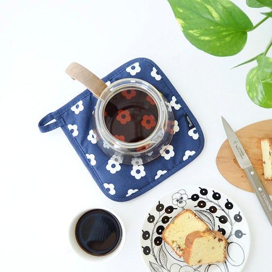 【新商品】あのクロス柄のキッチンクロスが登場♪北欧テイストの鍋つかみも仲間入り。