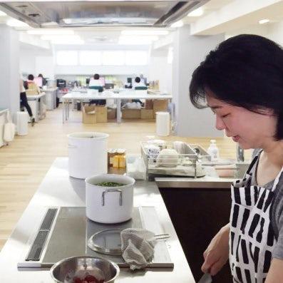 【クラシコムの社員食堂】新しいキッチンで社食作り!