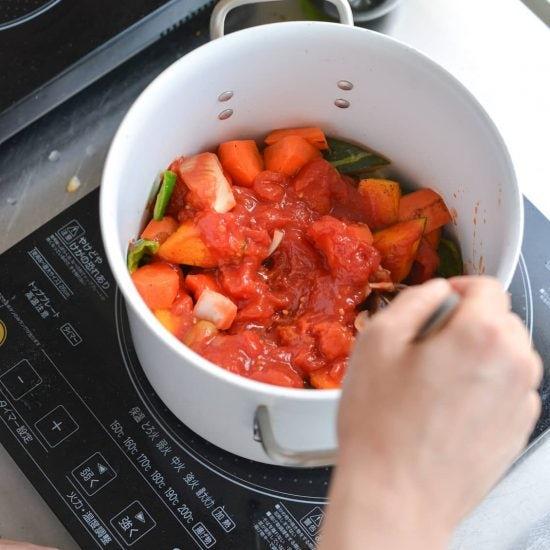【料理家さんの定番レシピ】基本のかんたん常備菜、ゆで鶏。
