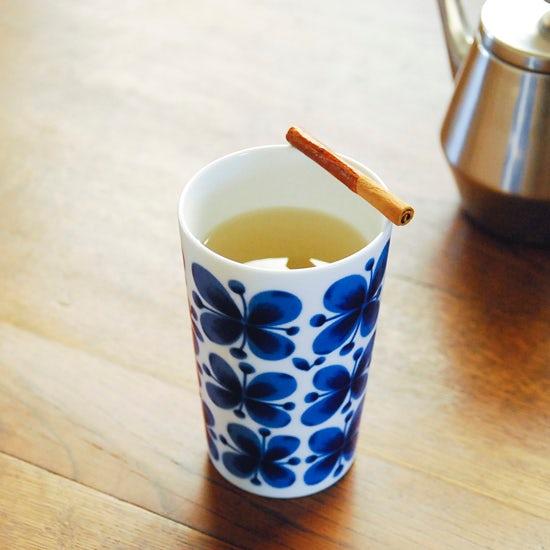 特集│ゴクゴク美味しい夏のドリンクレシピ6 『夏の冷えにホットシナモンジンジャー』
