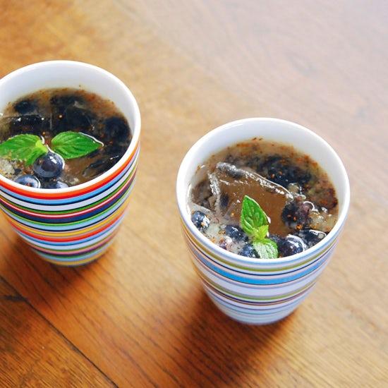 特集│ゴクゴク美味しい夏のドリンクレシピ5 『ちょっぴり大人なブルーベリービネガー』