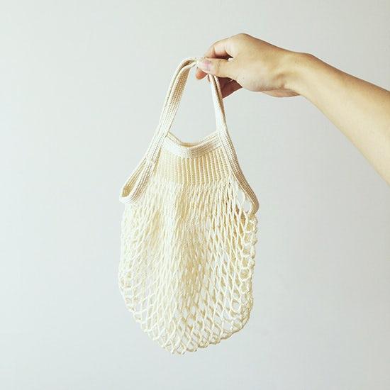 【スタッフの愛用品】FILTのネットバッグは、我が家のレジ袋の定位置です。