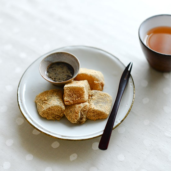 【料理家さんの定番おやつ】ふるふる美味しい、わらび餅