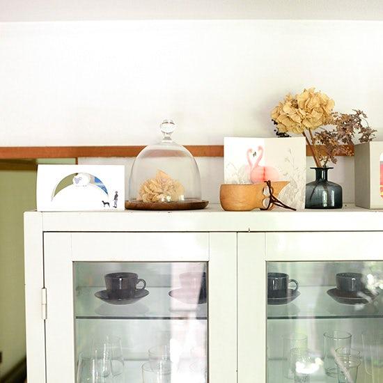 【私たちの食器棚事情】第2話:使い勝手もワクワクも大事。ママ一年生の食器棚