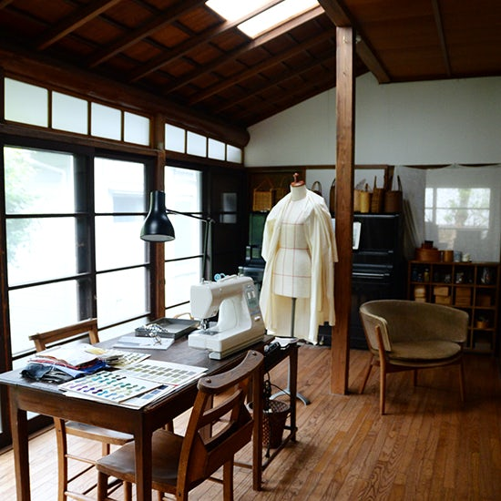 【特集】FLWデザイナー・大橋利枝子さん 着るその人に、想いを馳せる服づくり。