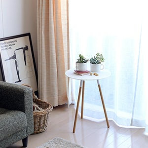 【スタッフの愛用品】グリーンや雑貨の定位置に♪「飾り棚」にもなるサイドテーブル。