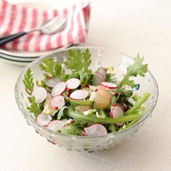 【料理家さんの定番レシピ】あと一品ほしいときの『シトラスと春菊のサラダ』