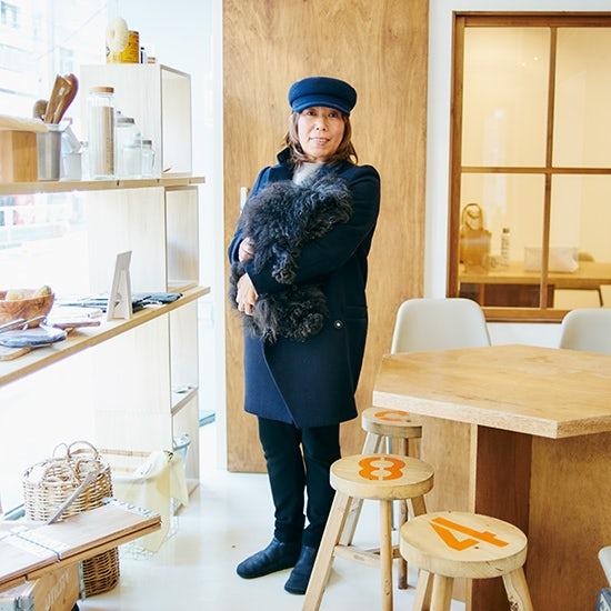 【わたしの転機】前編:ブランディングディレクター・福田春美さん「20代で着た、水色のステンカラーコートで価値観を手放した」