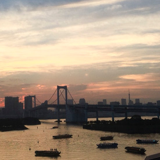 【週末エッセイ|つまずきデイズ】上京して25年。東京での暮らしが、故郷で過ごした歳月より長くなっても。