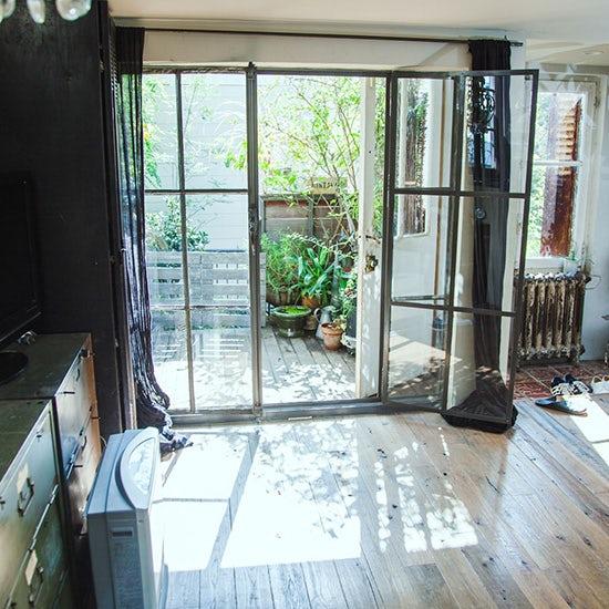 【フィットする暮らし】BROCANTE 松田尚美さん 第2話:都内4人家族。フランスの古い家具を楽しむインテリア。