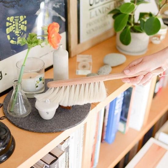 【お客さま係がお答えします!リターンズ】長く愛用できる?お手入れはどうする?気になる掃除ブラシのこと、調べてみました。