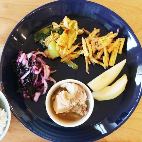 【クラシコムの社員食堂】初雪が積もった日の社食は、四季を楽しむ食材で。