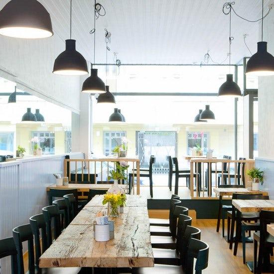 【ノルウェー日記番外編】映画「かもめ食堂」のあのレストランに潜入!焼き菓子作りも体験してきました。