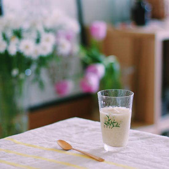 【スタッフコラム】炊飯器でかんたん。米こうじで作る、はじめての甘酒。