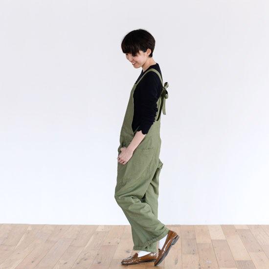 【着用レビュー】ポルテ デ ブトンのサロペットとブラウスを着てみました! - バイヤー加藤編 -