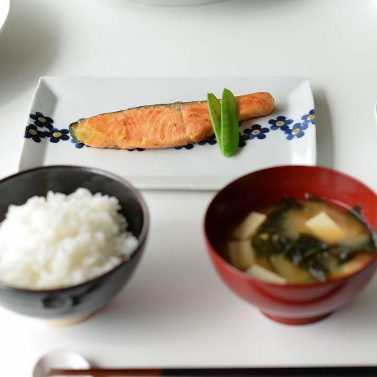 【料理家さんの定番レシピ】第7話:フライパンで楽ちん♪魚の焼き方