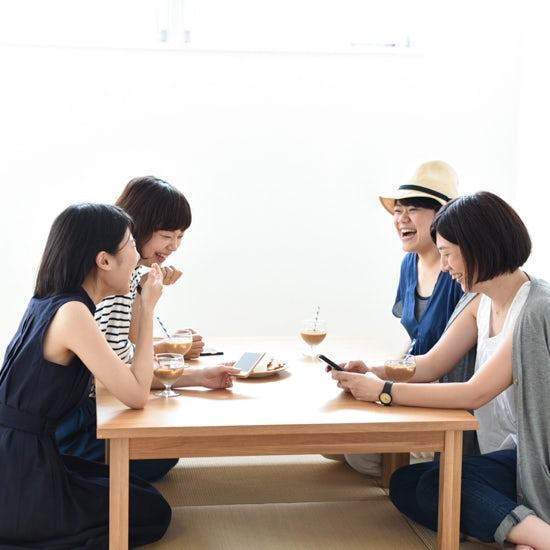 【お茶の間会議】もうすぐ夏本番!旅じたくは事前にきっちり?それとも気ままに?スタッフ4人に聞きました