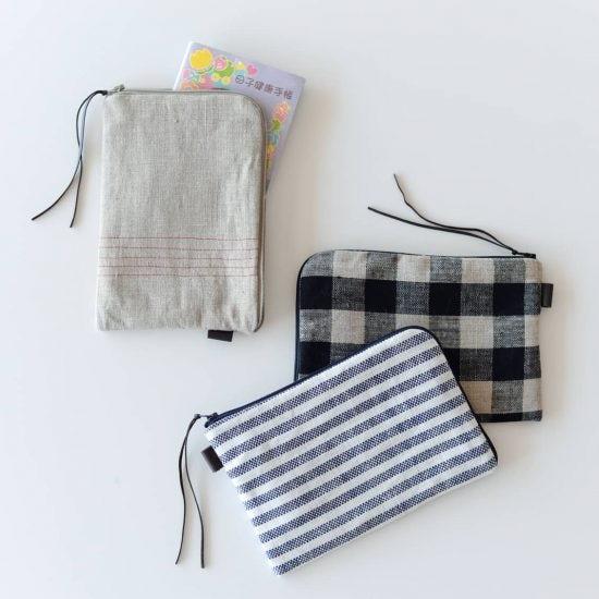 【当店限定】毎日のお守り代わりに持ちたい「母子手帳ケース」をfog linen workとつくりました!