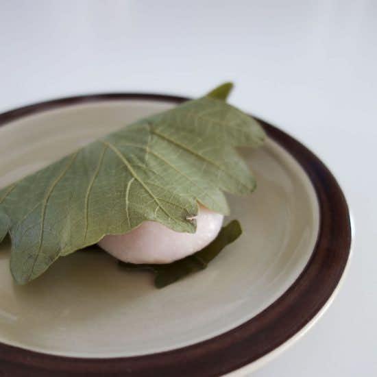 【僕のおやつ日記】江戸時代のハイセンス。柏餅に学ぶおやつ道とは。