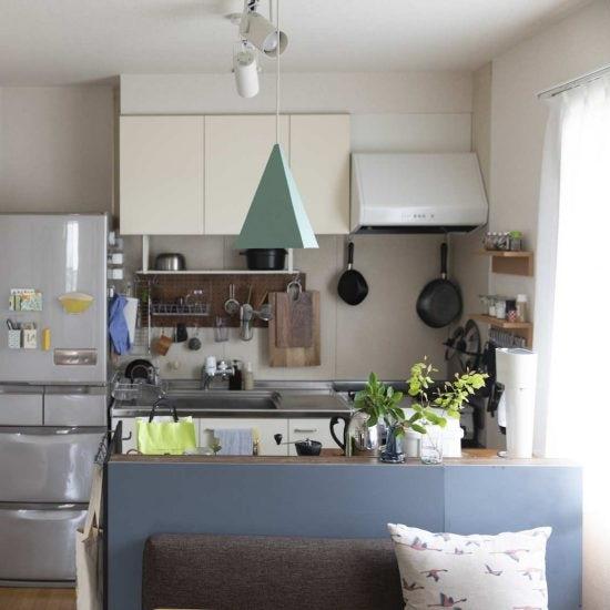 【間取り図鑑】第3話:備え付けの収納が大きくなくてもこう解決!スペースを有効に使ったキッチン