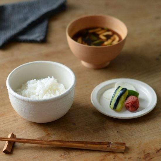 【新商品】食欲の秋にぴったり!レンジでチンできるおひつで、いつでも炊きたてのご飯を♪