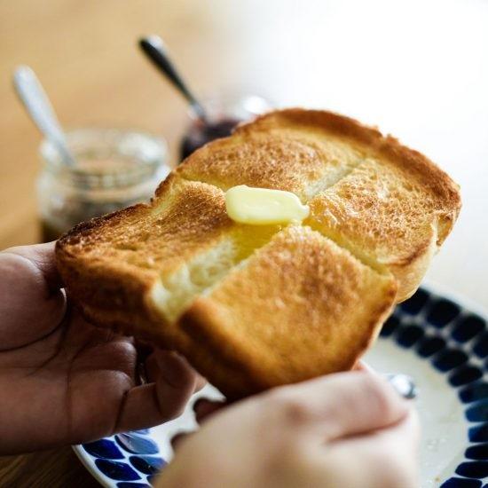 【パンのある朝じかん】後編:この焼き方がマイ・ベスト!スタッフいち押し、バタートーストの作りかた