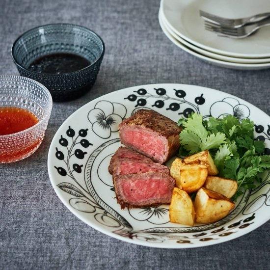 【おいしい持ち寄り】01:焼き時間たった7分!冷めてもおいしい、簡単「ローストビーフ」のレシピ