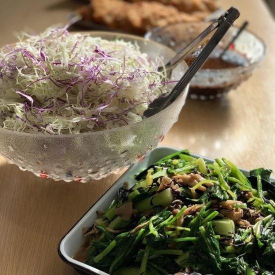 【クラシコムの社員食堂】揚げ物メニューでも、野菜をたっぷり摂れる工夫って?