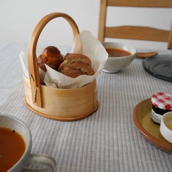 【スタッフの愛用品】毎日過ごすキッチンや食卓に。あたたかみをプラスしてくれる、北欧のバスケット