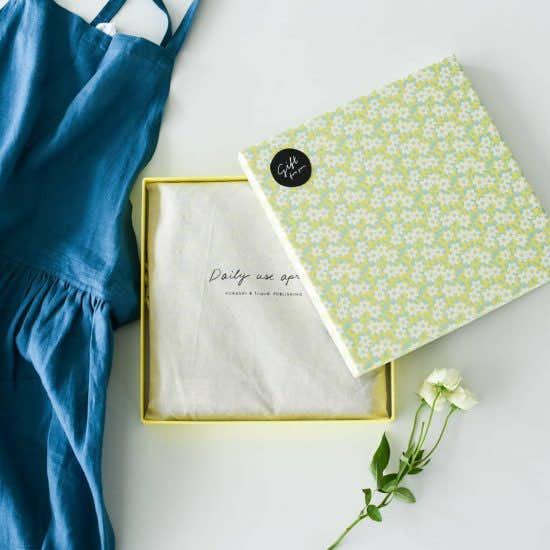 【新商品】当店初!今年はとびきり可愛い箱でエプロンを贈ろう。母の日限定の「特別ギフトボックス」
