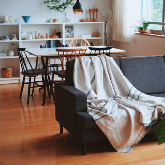 【Buyer's Selection】北欧リネンのブランケット「USVA」ではじめる夏支度。