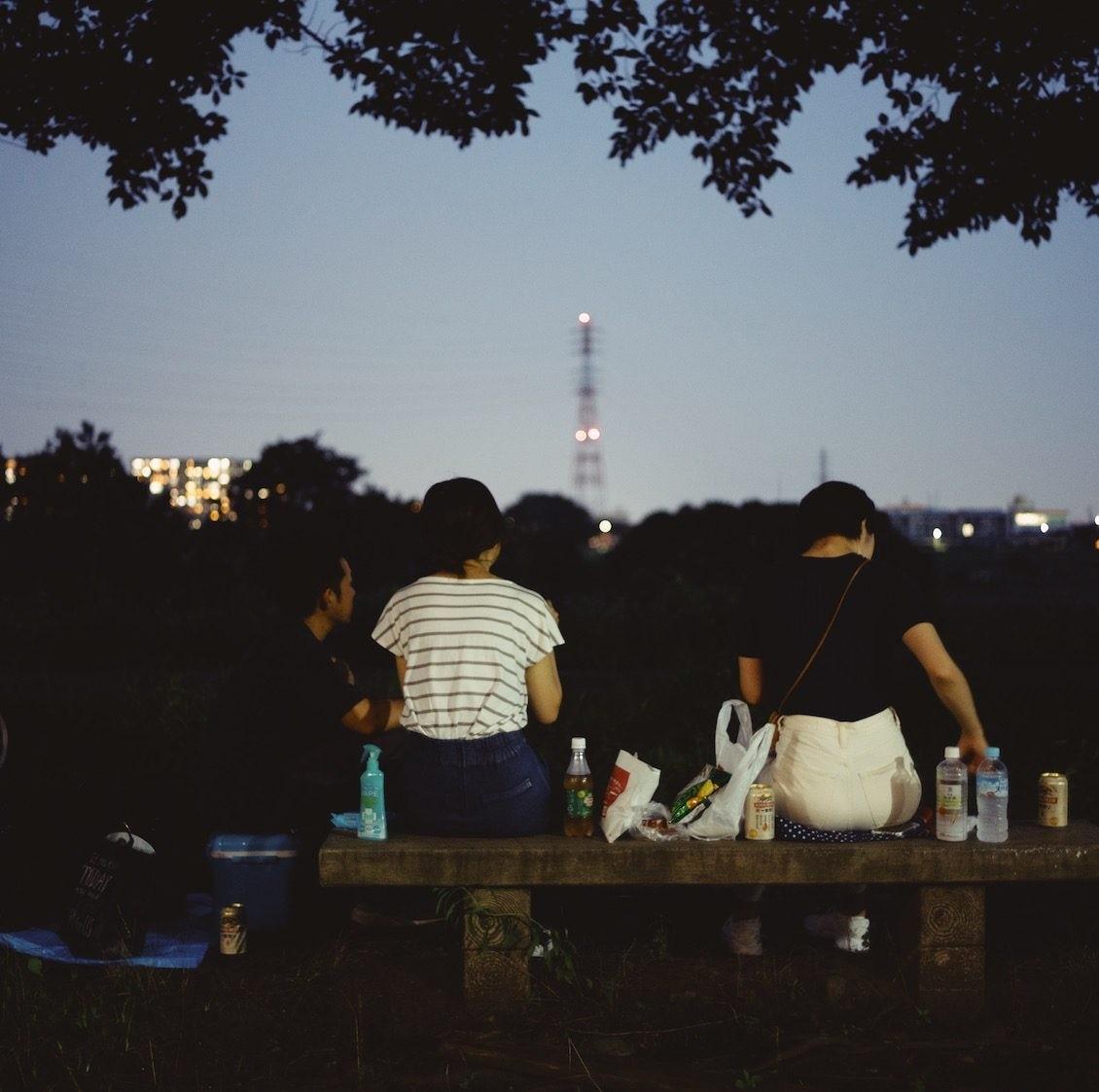 【僕のおやつ日記】打ち上げ花火を見上げていたら。