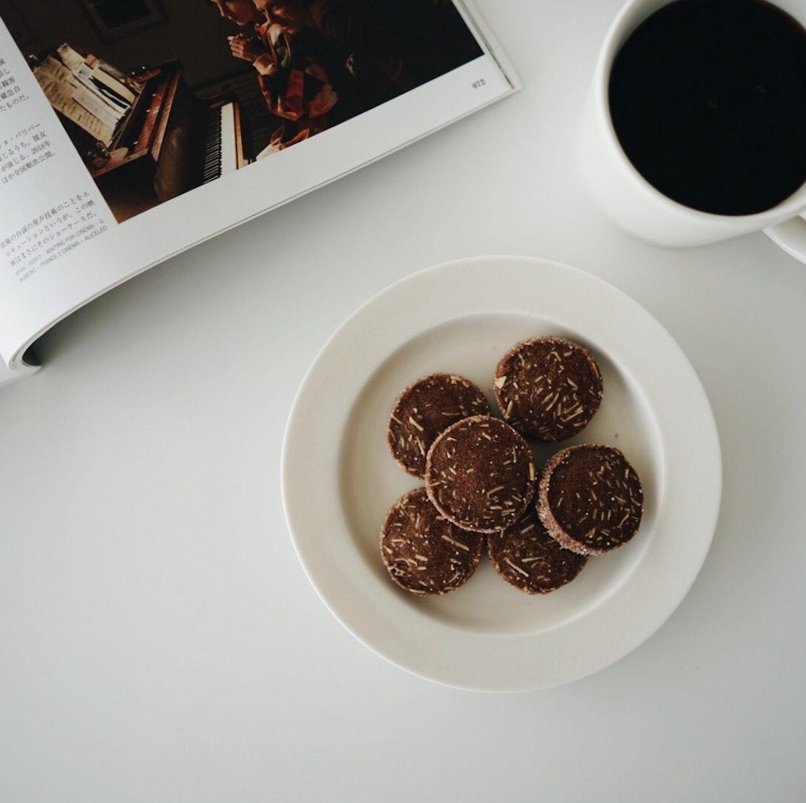 【僕のおやつ日記】】お菓子づくりの舞台裏。クッキーボックス裏話をご紹介します。
