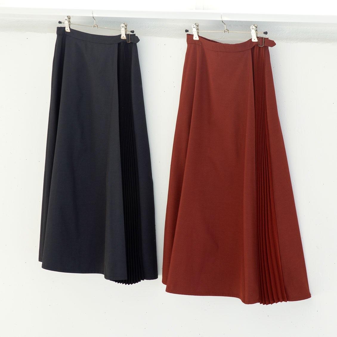 【着用レビュー】サイドプリーツスカートを身長別3名のスタッフが着てみました!