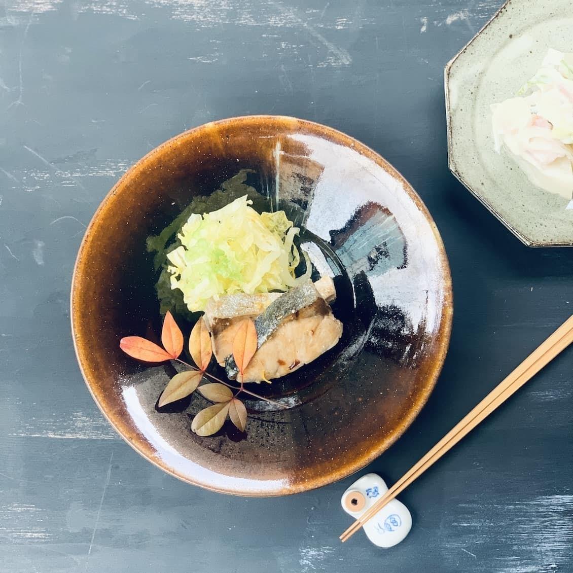 【クラシコムの社員食堂】冬食材をたっぷりと。鰤の照り焼きとかぶのコンソメ煮