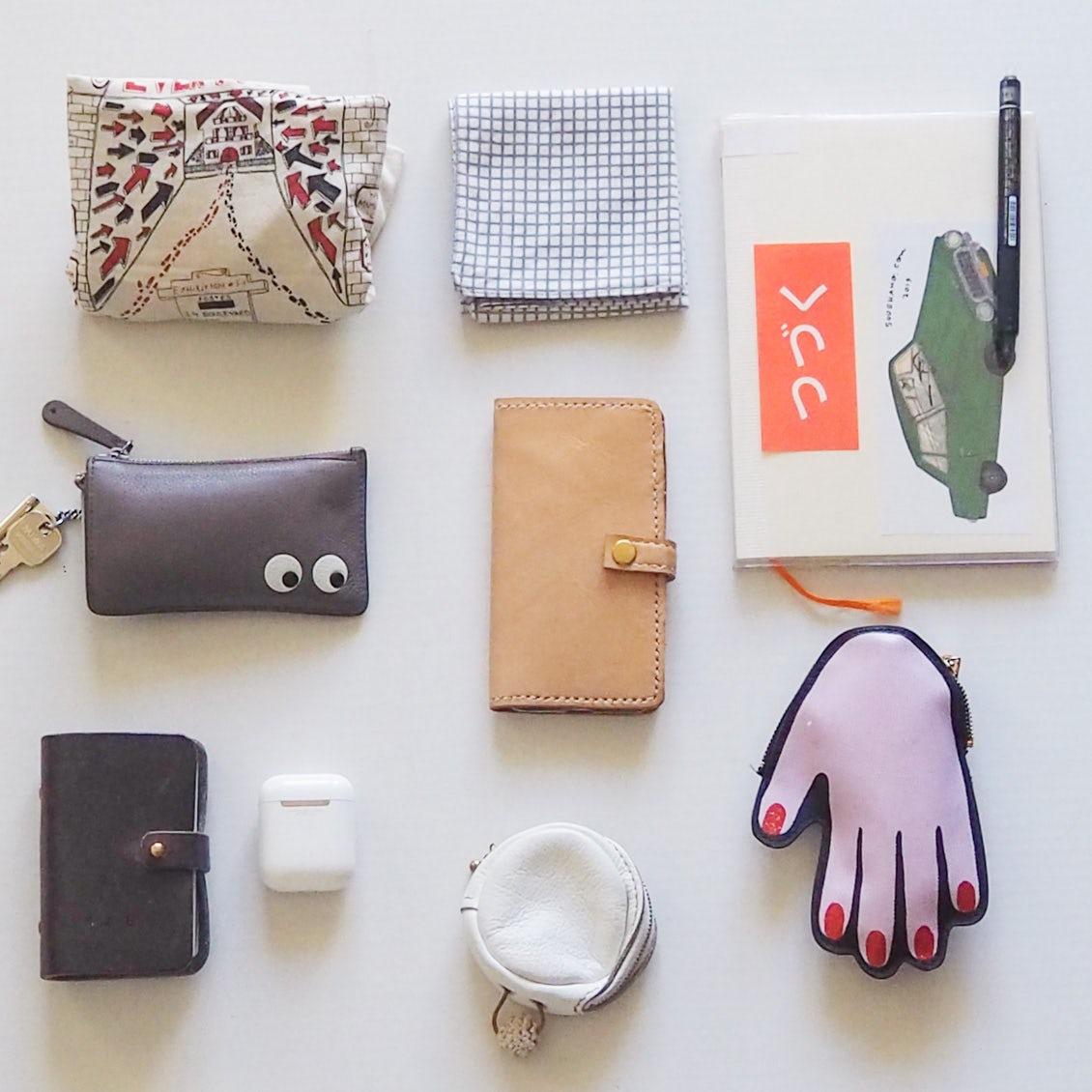 【あの人のバッグ】財布を持たずに軽量化!長く付き合いたくなるバッグ選びの基準とは?(ナミキミオさん)