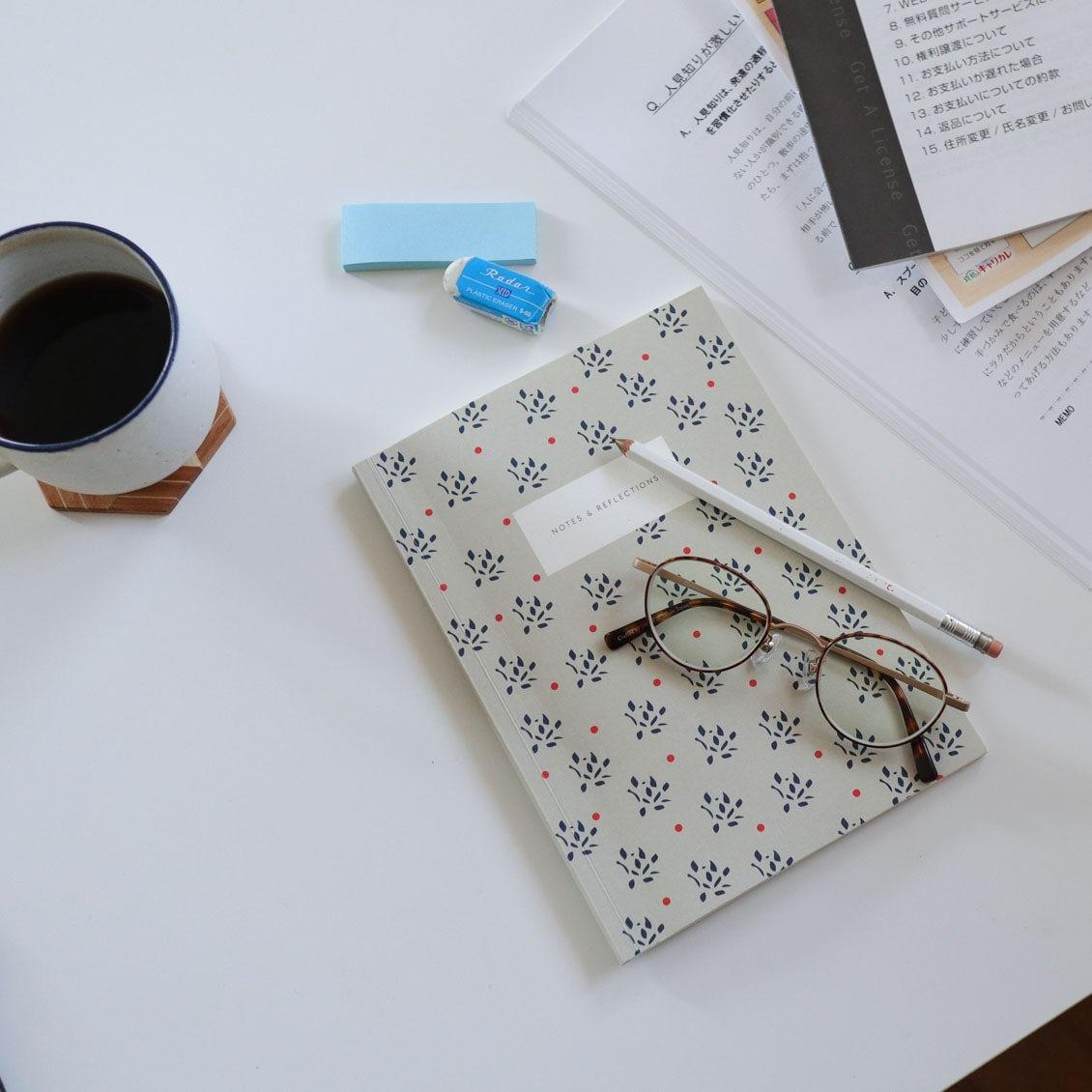 【スタッフの愛用品】小さいころ文房具好きだった私へ。いま、持ちたい北欧デザインのシックなノート