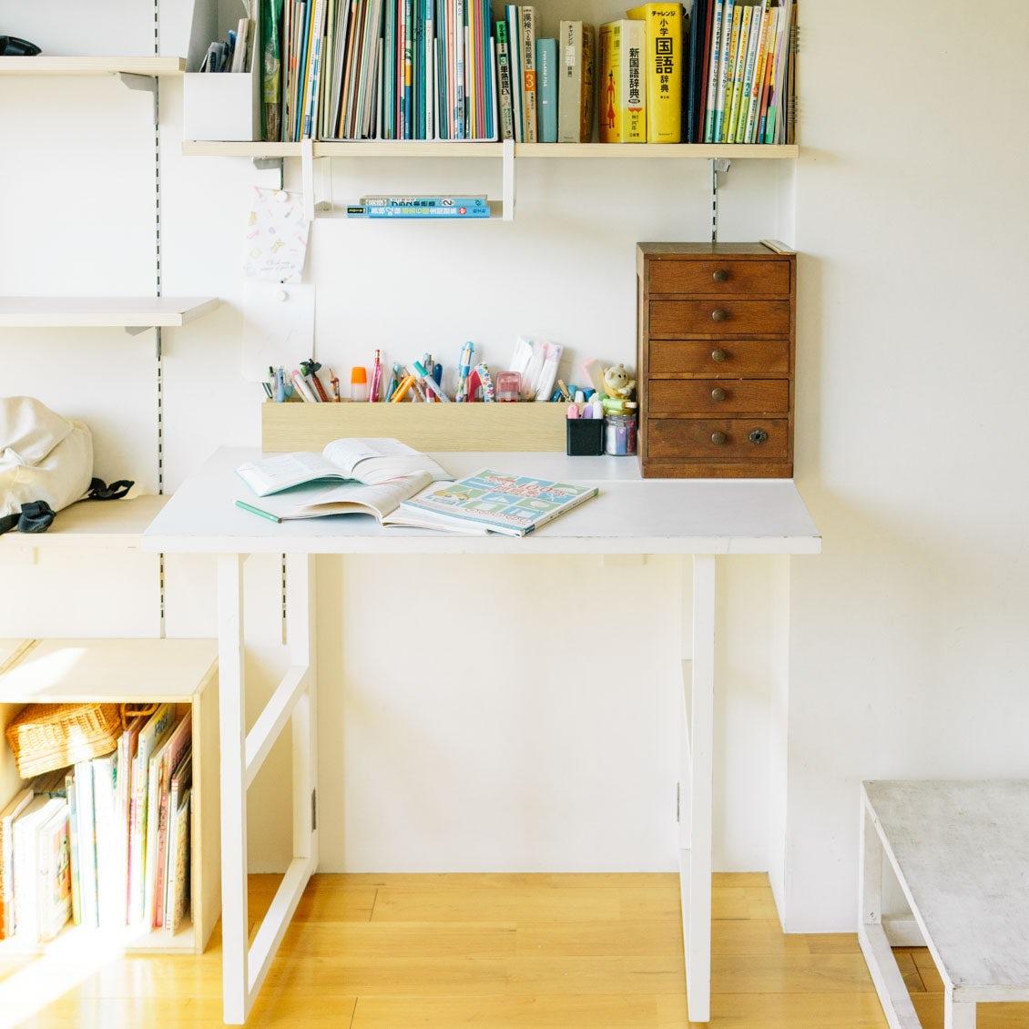 【リビング学習】第2話:椅子や照明、収納棚はどれがいい?学習スペースづくりのコツ
