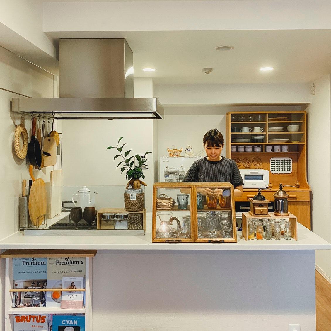 【暮らしを変える家具選び】バイヤー石谷が選んだ、1LDK二人暮らしのダイニングテーブル